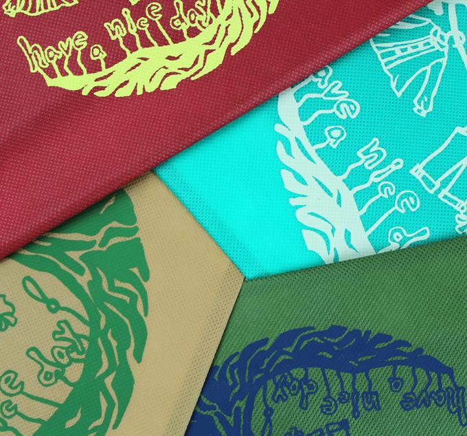 不織布にシルク印刷
