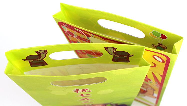 千歳飴用オリジナル紙袋は小判型手穴